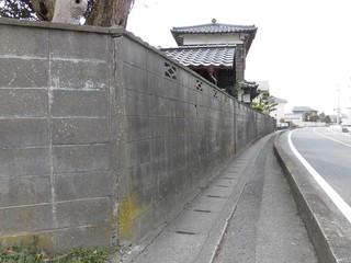 メイン道路側1.jpg
