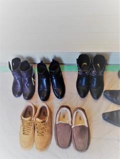 KIMG1647 見学会 靴 2.jpg